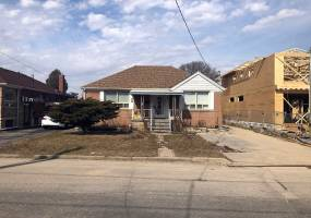Detached Home For Sale | W4720296