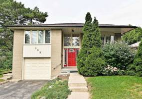 Detached Home For Lease | W4727030