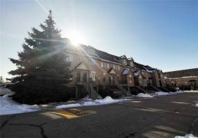 Condo Townhouse For Lease | W4727962