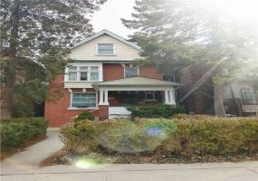 Detached Home For Sale | W4732133