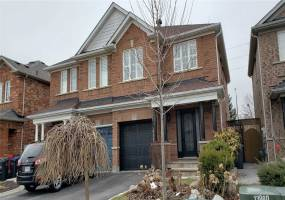 Semi-Detached Home For Lease | W4733196