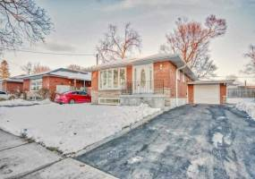 Detached Home For Lease | E4736109
